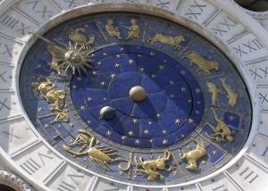 Karma és asztrológia Artemisz Asztrológia Debrecen