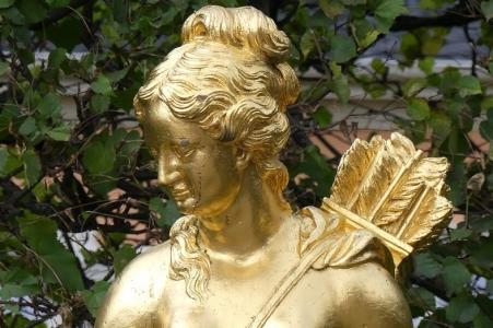Artemisz azaz Diána Hold Istennő Artemisz Asztrológia Iskola Debrecen