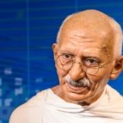Ismert Mérleg csillagjegyű szülöttek Mahatma Gandhi Artemisz asztrológia Debrecen