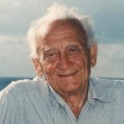 Ismert Szűz csillagjegyű szülöttek Szent-Györgyi Albert Artemisz Asztrológia Debrecen
