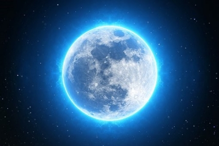 Kék Hold Blue Moon Artemisz Asztrológia Iskola Debrecen